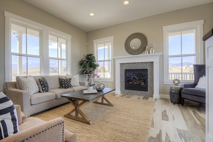 At rainey homes we create living rooms that entertain for Rainey homes